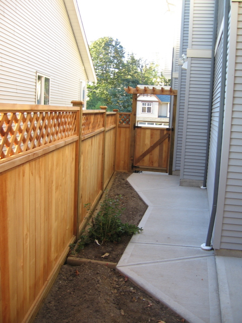 JAKES LANDSCAPING - FENCE